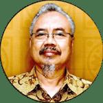 Prof. Dr. Kumaidi, MA